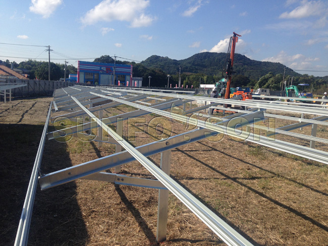 solar pile mounting structures